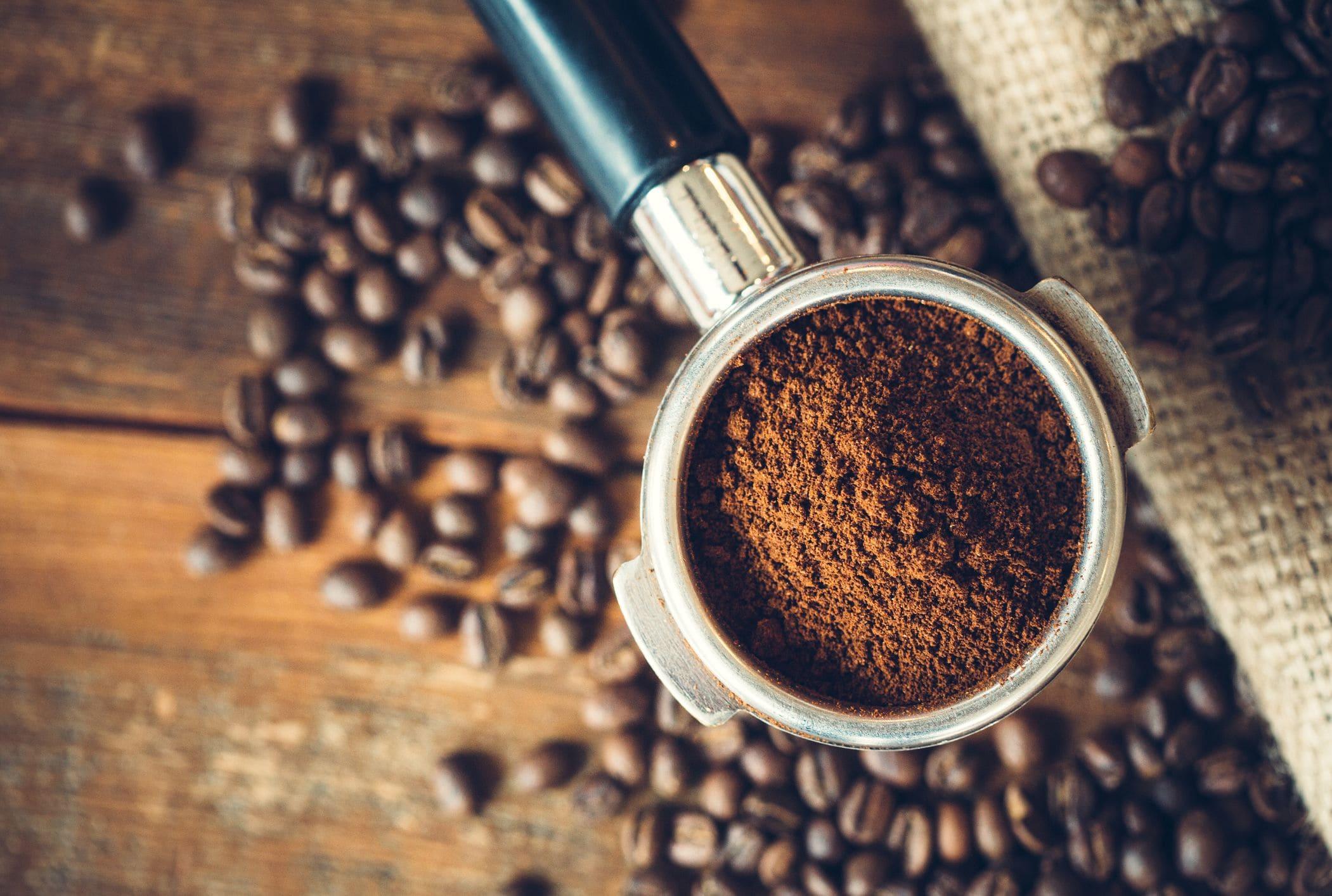 Молотый кофе и зерна
